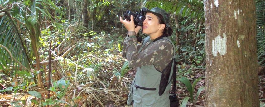 Acumulando anos de trabalho sobre a Fazenda São Nicolau, pesquisadora publica em revista portuguesa novo artigo científico sobre a dispersão de sementes por mamíferos de médio e grande porte