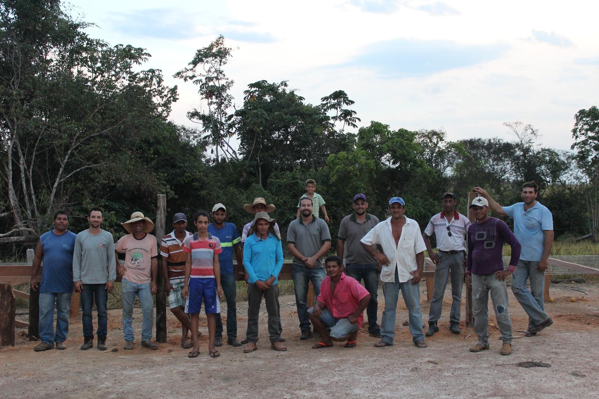 Cafeicultores participam de formação sobre SAFs (Foto: Iris Parrot/ ONF Brasil)